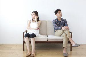 marriage-fighting-e1495861973347 夫婦の寝室は別がいい?同室がいい?別にしている人が上手くいっている理由はコレだ!