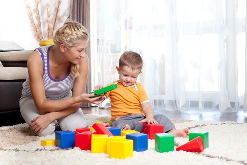 overprotection カーリングペアレント!過保護な親の心理状態&過保護な親に育てられた子を自立させるための考え方と行動