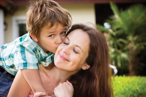 spoiled-kids 子供は甘えん坊でも心配ないこんな理由!甘えが形成する将来の人格。