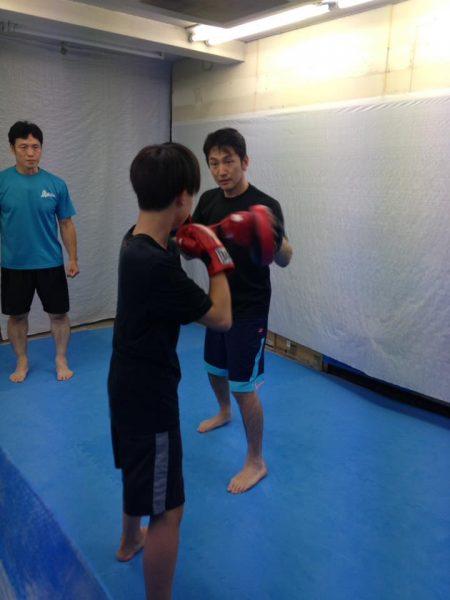 kick-katsuya-600x450 不登校で1年間休んでいた子がたった1回で復学したエクササイズとこんな言葉かけ!