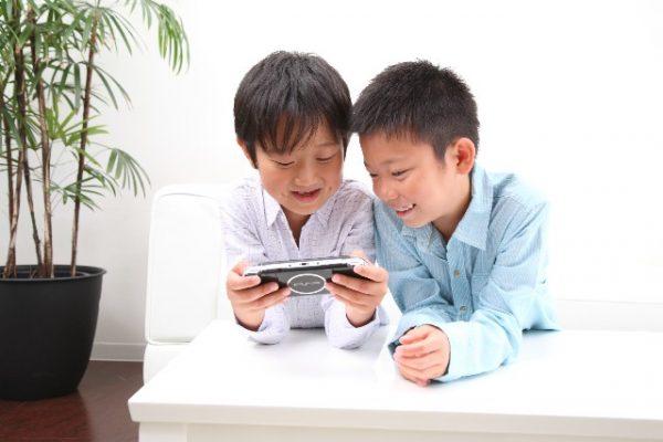 game-600x400 子供がゲームをすることは悪いことばかりではない!子供に良い影響を与えるゲームの仕方のこんな基準!