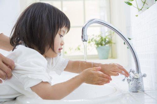子供が手を洗わない!手洗いを楽しく見せるパパのこんな行動