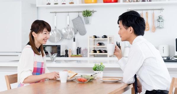 savings 共働き夫婦の家計って、ほかの家ではどうなってるの?お金が貯まるコツ、貯まらない理由とは?