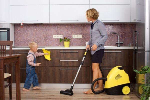 vacuum-600x400 「家事の時短テクニック」子育てパパママ必見!毎日のバタバタが少しラクになる
