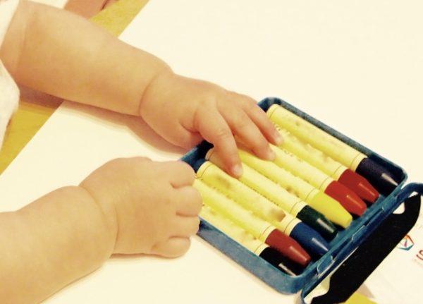 crayon-600x431 赤ちゃんがクレヨンを食べる!!すぐに行うべき対処法と今後の対策法とは?
