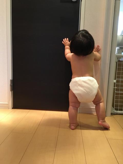 我が子の後追いは可愛いけれど実は大変?!原因と対策法とは?
